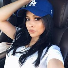 Without a doubt dodger girls are the most beautiful 💙⚾️💙⚾️💙⚾️ Let's Go Dodgers, Dodgers Girl, Dodgers Baseball, Raiders Cheerleaders, Simply Beautiful, Beautiful Women, Dodger Hats, Baseball Girls, Babe