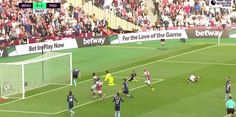 Dimitri Payet scores against Middlesbrough (1-1)