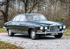 Classic Sports Cars, Classic Cars British, British Car, Best Classic Cars, Jaguar Xj, Jaguar F Type, Jaguar Cars, Vintage Cars, Antique Cars