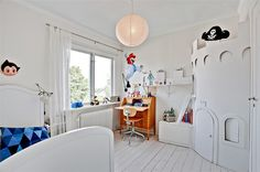 A home in Bromma, Sweden.  Photo from the real estate agency Bjurfors.
