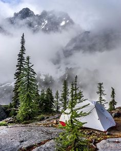 For some, heading out on a multi day backpacking trip, knowing the weather might not be ideal would be a deal breaker. Personally I don't like hiking in the rain any more than the next person, but there's something special about these kinds of scenes, where the mountains play peakaboo with you.