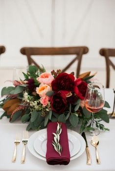 Burgundy Wedding Centerpiece Inspiration-Discover how to decorate your wedding recception with Ohbestdayever burgundy wedding centerpieces. Click the link for more burgundy wedding table settings ideas. Wedding Table Decorations, Wedding Table Settings, Centerpiece Ideas, Winter Decorations, Gold Centerpieces, Decor Wedding, Burgundy Floral Centerpieces, Short Wedding Centerpieces, Winter Table Centerpieces
