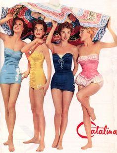 de zwemkleding uit de jaren 50. deze kleding konden alleen de rijken in die tijd betalen