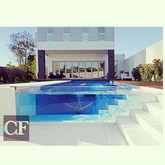 Omg glass pool!!!