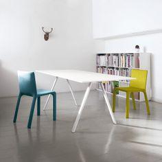@Kristalia Interiors Neat table