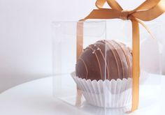 Chocolate Melting Wafers, Hot Chocolate Gifts, Christmas Hot Chocolate, Chocolate Graham Crackers, Chocolate Lollipops, Chocolate Bomb, Hot Chocolate Bars, Chocolate Molds, Chocolates