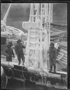 Fishing schooner Eleanoria Nickerson arriving at fish pier - clad in ice