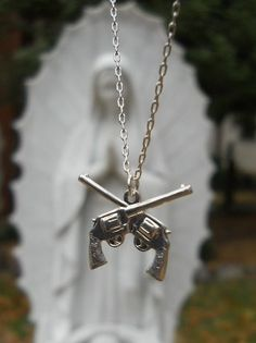 guns necklace