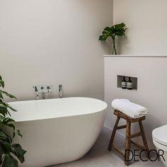 A proposta minimalista do banho concede praticidade