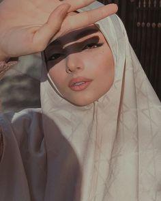 Hijab Fashion 2016, Modern Hijab Fashion, Hijab Fashion Inspiration, Muslim Fashion, Hijabi Girl, Girl Hijab, Hijab Outfit, Arab Girls, Muslim Girls