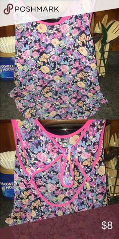 Multicolored flowered top Lightweight. Excellent condition. PacSun Tops