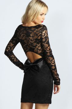 The back cutout lace and bow design detail is just a little bit special... #wearabledesign