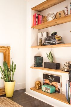 We love this little corner space   DunnDIY.com   #inspiration