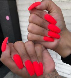 💅🏻✨💅🏻✨💅🏻✨💅🏻✨💅🏻✨💅🏻✨💅🏻✨💅🏻 @nailsbykarly _____________________________________________ #nails #nail #beauty #pretty #girl #girls #stylish… Red Orange Nails, Red Nails, Hair And Nails, French Manicure Designs, Classy Nail Designs, Super Cute Nails, Pretty Nails, Uñas Color Neon, Arylic Nails