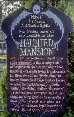 Disneyland Haunted Mansion Pre-opening Sign 1969 Rare HTF Disneyana Disney World Vintage Disneyland, Disneyland Trip, Disneyland Resort, Disney Rides, Disney Parks, Pre Opening, Park Resorts, Disney Fanatic, Haunted Mansion