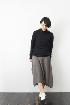 SARAXJIJI ソフトウール フォールドスカート(2color) - poooL (online shop) Diy Clothes, Sewing Projects, Normcore, Knitting, Womens Fashion, Crafts, Inspiration, Shopping, Collection