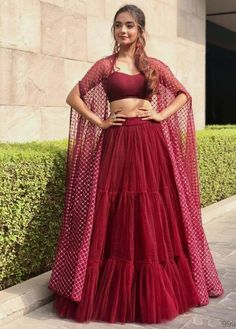 Indian Fashion Dresses, Indian Bridal Outfits, Indian Gowns Dresses, Dress Indian Style, Indian Designer Outfits, Shadi Dresses, Lehnga Dress, Lehenga Saree, Simple Lehenga Choli