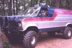4x4 Van Picture Gallery 1 - Thunders Garage 4x4 Camper Van, 4x4 Van, Gmc 4x4, Jeep 4x4, 4x4 Trucks, Cool Trucks, Ambulance, Lifted Van, Suzuki Sv 650