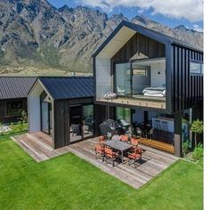 Looking for how to renovate shipping container into house, Shop, Garage or Workshop? Here are extensive shipping Container Houses Ideas for you! shipping container homes Modern Barn House, Modern House Design, Future House, My House, Dream House Exterior, Facade House, House Goals, Home Fashion, Modern Architecture