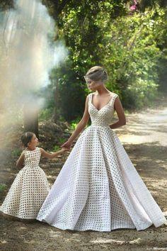 Vestido de novia madre e hija iguales