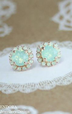 Mint opal crystal rose gold stud earrings | swarovski mint earrings | mint green wedding | mint wedding | bridesmaid earrings | bridal earrings | www.endorajewellery.etsy.com