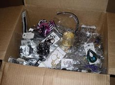 *Large Jewelry DEAL-  100 items*  Necklaces, Necklace-Earring Sets, Rings, Bracelets, and Earrings,
