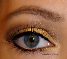 MandysSecrets: REVIEW -- Ulta Holiday Glitter Liners