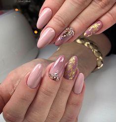 Color Nails, Nail Colors, Beauty, Beauty Illustration, Statement Nail, Nail Colour