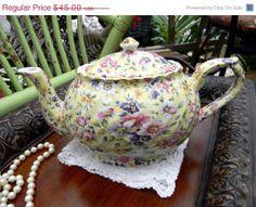 SALE DAMAGED Arthur Wood Chintz Teapot  by TheVintageTeacup, $38.25