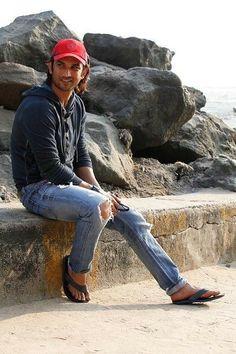 Sushant Singh, Cute Actors, Real Hero, Hush Hush, Bollywood, Singing, True Feelings, Heartbeat, Wallpaper Quotes