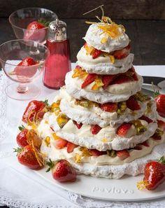 Pistachio nut meringue Christmas cake Recipe | Allyson Gofton