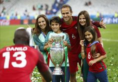 RECORD: Ricardo Carvalho is the oldest player to win the European Championships at 38 years and 53 days old. #EURO2016