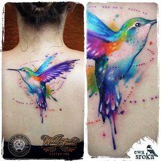 #ewasroka #hummingbird #tattoo #watercolor #watercolortattoo #watercolourtattoo #colortattoo #girlytattoo #girlwithtattoo #womantattoo #graphictattoo #tattrx #birdtattoo #tatuaz #tatuaż @rocknroll_tattoo_warszawa #worldfamousink @worldfamousink