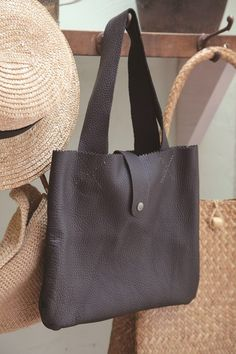 Easy Handmade Leather Tote (Free Sewing Pattern)