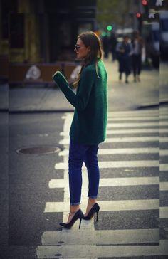 gros pull saison tendances couture streetfashion streetstyle bleu vert vert meraude automne vert joli vert