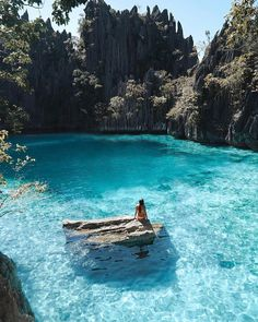 """Mi piace"": 20.7 mila, commenti: 304 - The Philippines 🇵🇭 (@the_philippines) su Instagram: ""Twin Lagoon, Coron, Palawan ---Photo by @taylorfischer116--- #coron @topdestinationsph 🇵🇭"""