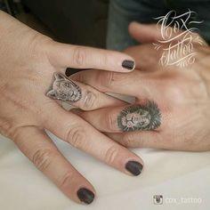 By Cox Tattoo - Tattoo Portal Toe Tattoos, Hand Tattoos, Unique Tattoos, Lion And Lioness Tattoo, Lion Tattoo On Finger, Ring Finger Tattoos, Wedding Band Tattoo, Tattoo Band, Partner Tattoos