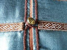 attatching buttons