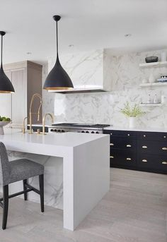 Supreme Kitchen Remodeling Choosing Your New Kitchen Countertops Ideas. Mind Blowing Kitchen Remodeling Choosing Your New Kitchen Countertops Ideas. White Interior Design, Interior Design Kitchen, Modern Interior, Interior Ideas, Stone Interior, Black Kitchens, Cool Kitchens, Kitchen Black, Modern Kitchens