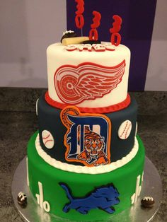 Detroit sports cake, every team but the pistons! My grama would freak! Detroit Rock City, Detroit Sports, Detroit Michigan, Detroit Tigers Cake, Sport Cakes, Birthday Parties, Birthday Cakes, 30th Birthday, Detroit Red Wings