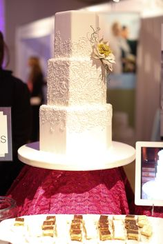 Gorgeous wedding cake at #WedingSalon