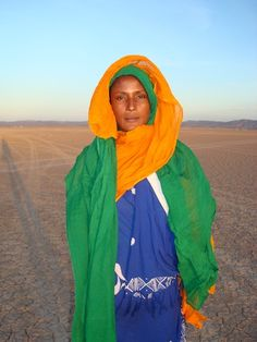 Waris Dirie, Somali Desert ~ portrait by Karl Holzhauser/ Desert Flower… Somali, Islam Women, Vogue, People Of The World, Portrait, Supermodels, Beautiful People, Windbreaker, Interview