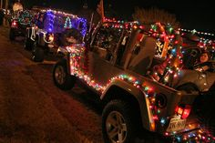 Decorated for 2008 Hampton Holly Days Parade. Auto Jeep, Jeep Wrangler Accessories, Jeep Accessories, Jeep Truck, Jeep Jeep, Ford Trucks, Jeep Baby, Christmas Car, Merry Christmas