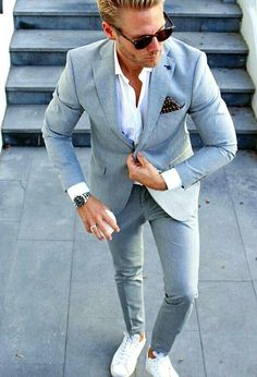 4 Mind Blowing Useful Ideas: Urban Wear Streetwear Internet urban fashion summer casual.Urban Wear For Men Jeans. Mens Fashion Blog, Suit Fashion, Fashion Outfits, Fashion Sale, Fashion Shoot, Paris Fashion, Runway Fashion, Style Fashion, Girl Fashion