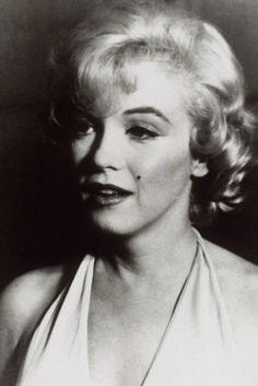 Oggi, 5 agosto, si celebra il cinquantesimo anniversario della morte di Marilyn Monroe , la più grande icona di tutti i tempi, ormai...