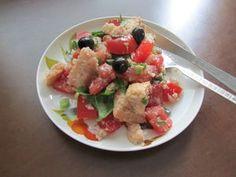 Panzanella-salaatti Kotikokki.netin nimimerkki Vihermintun tapaan