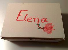 Detalle de caja decorada para novia
