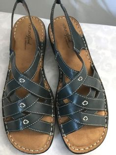 d78ed4e9edd2 Natural Soul Dk. Grey Leather Sandals Adjustable Strap Women 8 Naturalizer
