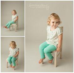 very cute child pose!