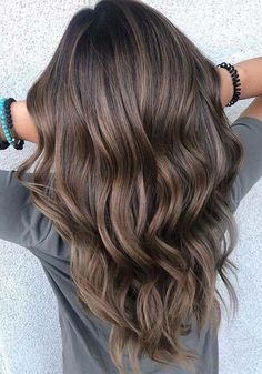 You may find here fantastic shades of brown balayage hair colors with awesome tones of ashy highlights for You may call it one of the fantastic hair colors for various hair lengths nowadays. hair 15 Best Brown Balayage Hair Colors with Ashy Tones in 2019 Brown Hair Shades, Brown Blonde Hair, Light Brown Hair, Balayage Dark Brown Hair, Brown Hair Natural Highlights, Brown Highlighted Hair, Cool Tone Brown Hair, Ashy Hair, Dark Brown To Light Brown Ombre